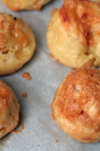 gougeres cheese puffs