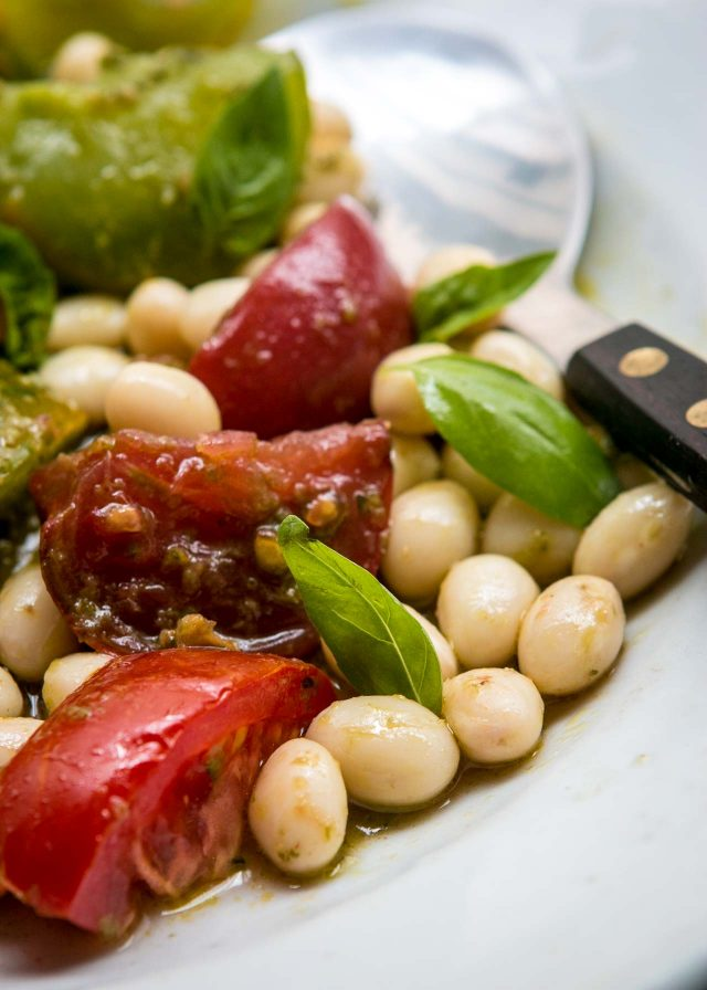Tomato and Fresh shelling bean salad recipe