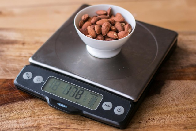Oxo favorite baking scale