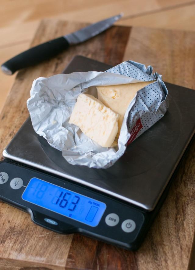 Oxo favorite baking scale
