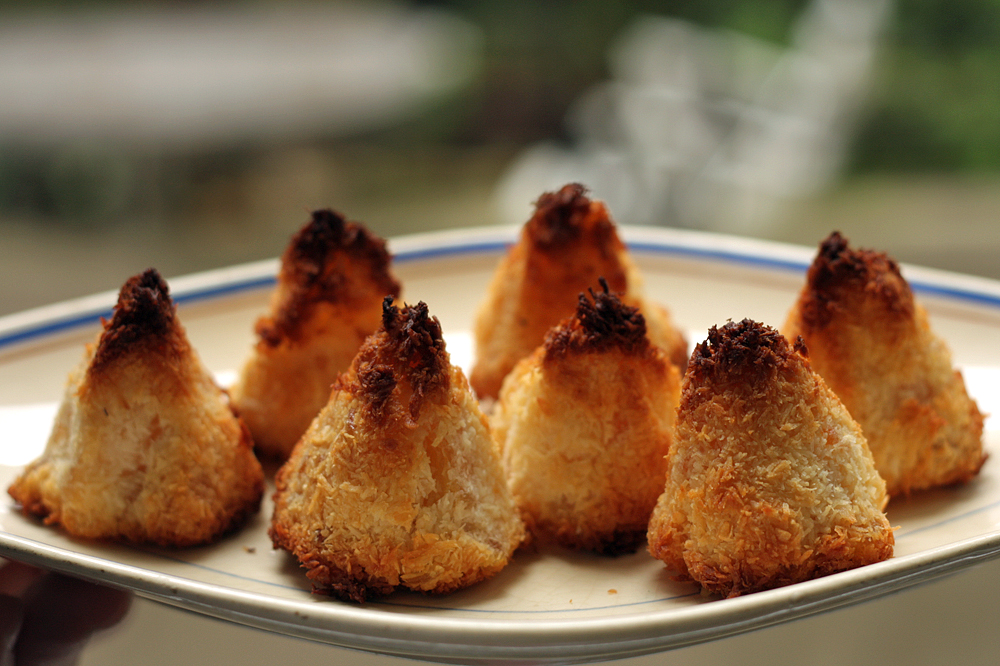 Pineapple-Coconut Macaroons - David Lebovitz