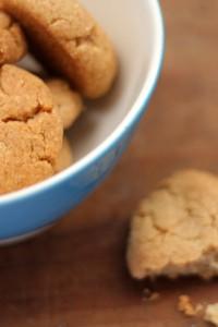 tahini-almond-cookies