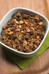 peanut butter chocolate chip granola recipe-20