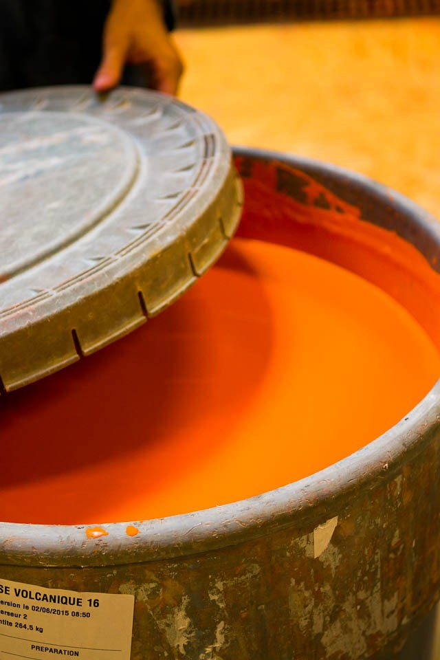 Le Creuset glaze