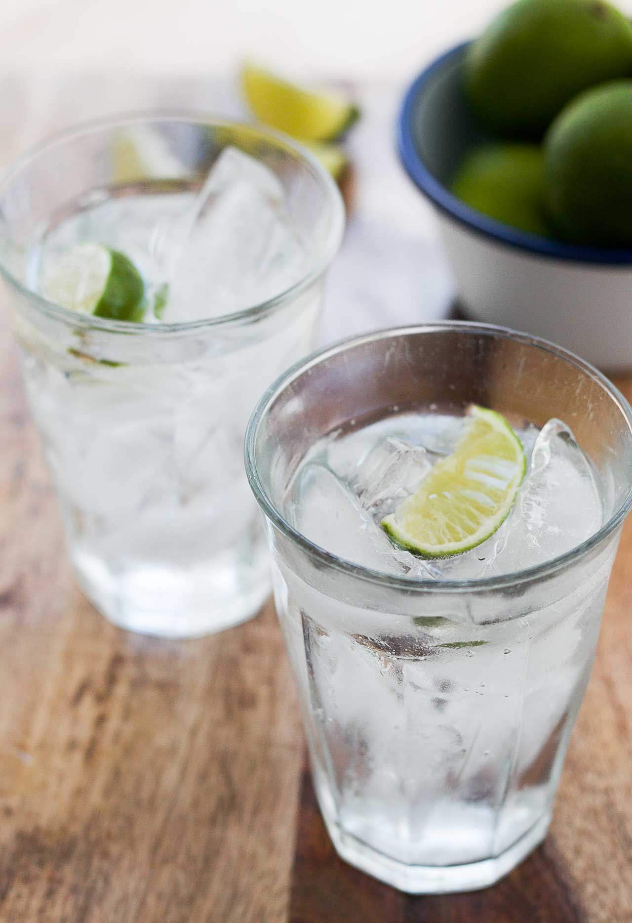 Gin and tonic cocktail for Mixed drinks using gin