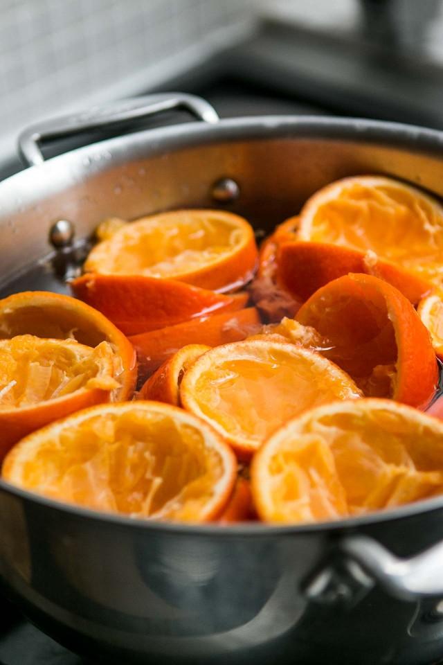 http://davidlebovitz.com.s3.amazonaws.com/wp-content/uploads/2016/02/Tangerine-sorbet-recipe_-4-640x960.jpg