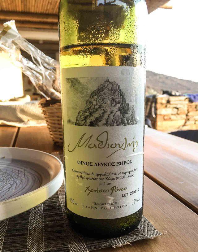 Tinos white wine